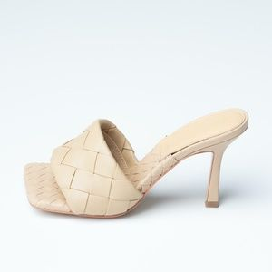 Outlet BOTTEGA VENETA LIDO SHOES BEIGE - 6.5 US